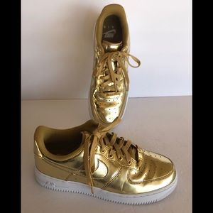 Nike Air Force Low Top Metallic Gold 8.5